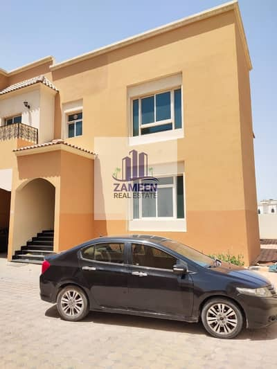 5 BED ROOM WITH DRIVER ROOM MAID ROOM CENTRAL AC VILLA
