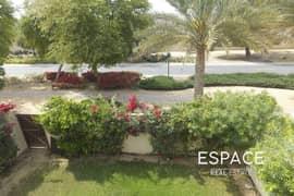 فیلا في الریم 3 الریم المرابع العربية 3 غرف 140000 درهم - 5104469