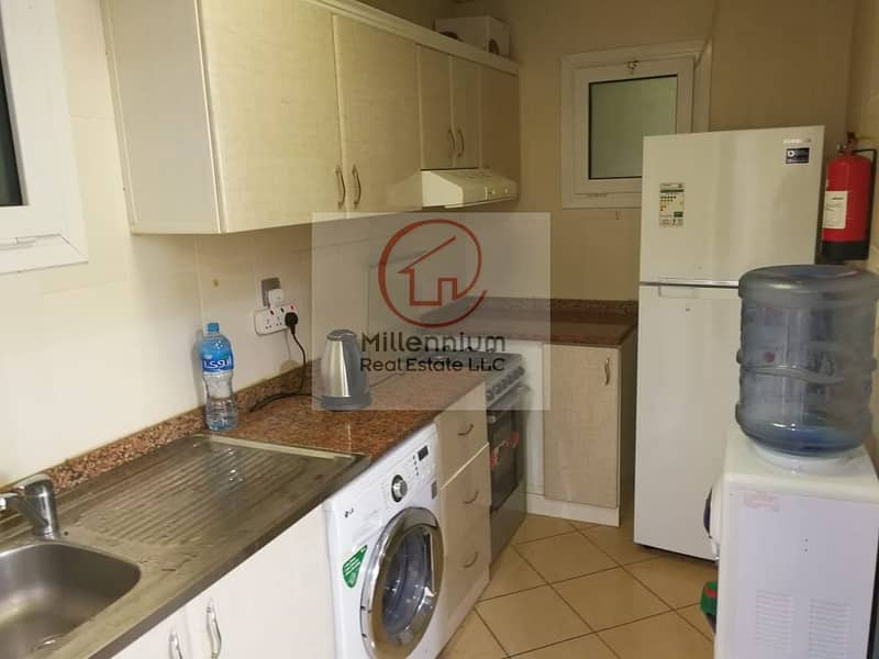2 1BH Apartment Near Metro Station