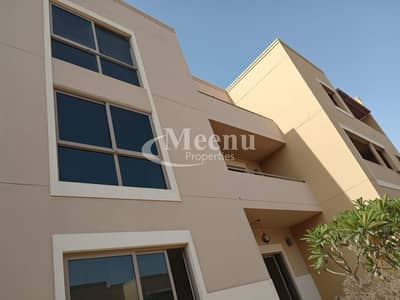 فیلا 4 غرف نوم للبيع في حدائق الراحة، أبوظبي - Meticulously maintained Villa 4 Bedroom Master corner Location Single row