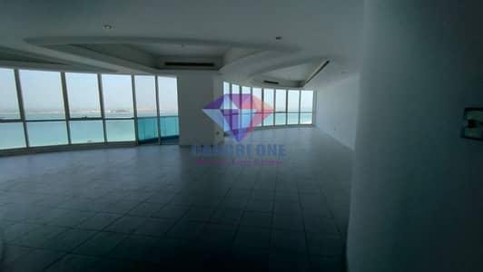 شقة 4 غرف نوم للايجار في شارع الكورنيش، أبوظبي - Spacious Duplex | Great Family Environment