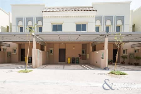 3 Bedroom Townhouse for Rent in Jumeirah Golf Estate, Dubai - 3 Bedrooms   Modern Unit   Available June