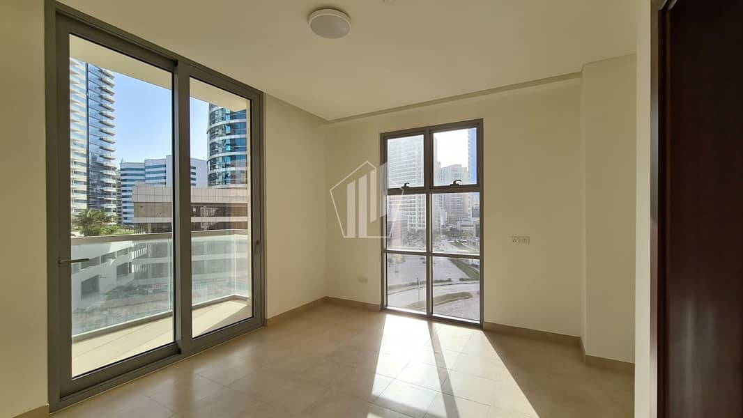 15 12 Cheques | 3 Bedroom + Maid  | Ready to Move | Chiller Free