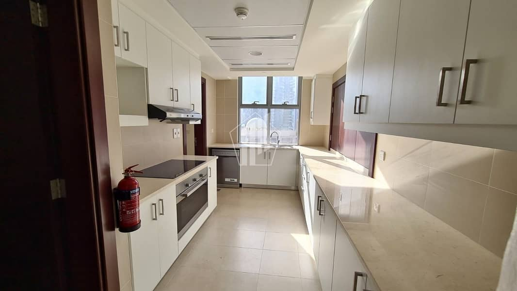 11 Huge 3 Bedroom| 13 Months Contract | Chiller Free | ready to Move in