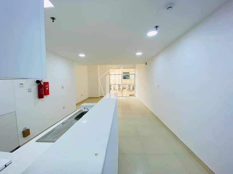 2 2 bed with  fitted appliances/ brand new apartment