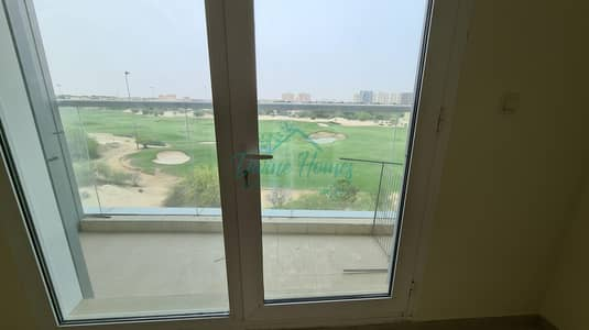 1 Bedroom Flat for Rent in Dubai Sports City, Dubai - Large Unit  Closed Kitchen   Well Maintained with Storage