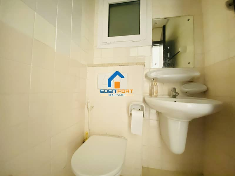 13 BEAUTIFUL UNFURNISHED 1BHK IN LAKE CITY TOWER