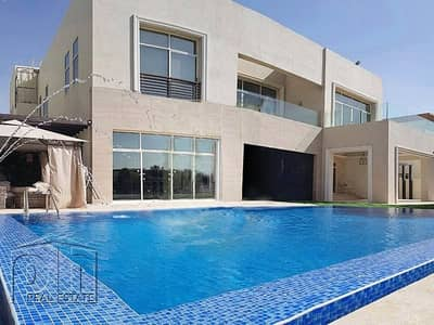 6 Bedroom Villa for Rent in Emirates Hills, Dubai - Incredible 6 Bed | Furnished | Lake View