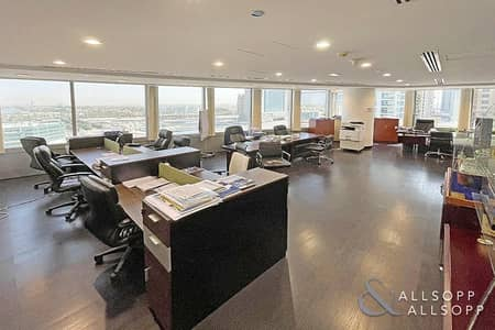 Office for Sale in Jumeirah Lake Towers (JLT), Dubai - Fully Fitted | Grade A Tower | Available Now