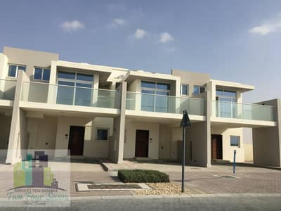 4 CHEQUE HOT PRICE END UNIT 3 BEDROOMS OPEN KITCHEN IN AKOYA OXYGEN