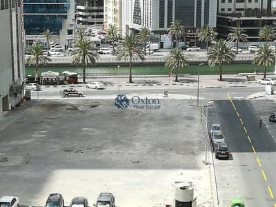 3 Bedroom Flat for Rent in Al Majaz, Sharjah - Huge 3Bhk No Deposits One Month Open Veiw In AL Majaz