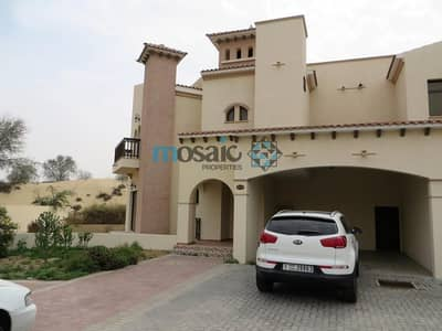 Spacious Family Villa With Garden in Shorooq