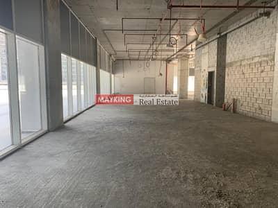 محل تجاري  للايجار في الخليج التجاري، دبي - Huge Retail Shop in Tamani Arts Office