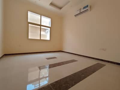 3 Bedroom Villa for Rent in Al Rawda, Ajman - Ground floor of the first resident's villa, personal finishing, 3 master rooms and a master hall