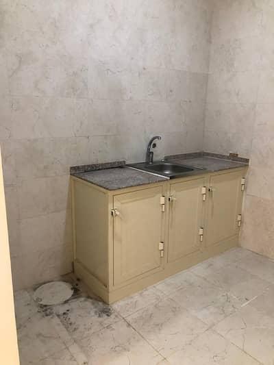 استوديو  للايجار في الشامخة، أبوظبي - شقة استوديو سوبر لوكس للإيجار في الشامخة