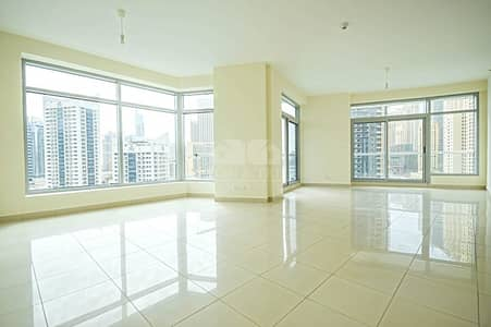2 Bedroom Flat for Sale in Dubai Marina, Dubai - Marina view in all rooms | Well-kept 2 beds in Fairfield