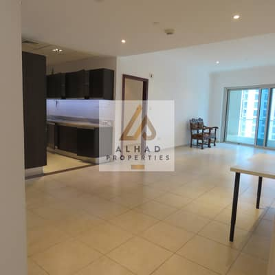 1 Bedroom Apartment for Rent in Dubai Marina, Dubai - Huge!! newly revamped one bedroom located in Marina Heights on high floor with partial sea view.
