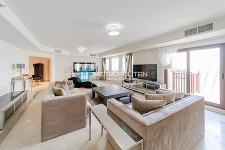 4 Bedroom Penthouse for Sale in Palm Jumeirah, Dubai - Full Sea view | Huge Penthouse | Private Pool