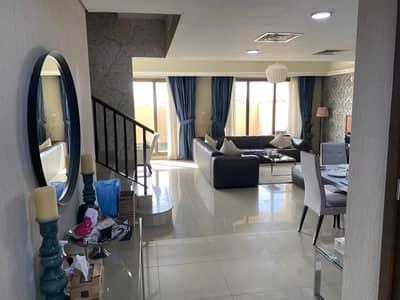 4 Bedroom Townhouse for Sale in Muwaileh, Sharjah - Spacious 4-Bedroom Townhouse In Al Zahia -Phase 3