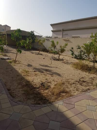3 Bedroom Villa for Rent in Al Warqaa, Dubai - Supper luxury villa for rent in Al warqaa ( 3 master bedroom  + 1 majlis +  1 hall  +  1 maid room + 2 kitchen outside  inside + dining + storage room +cover parking) t