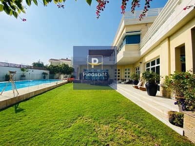 5 Bedroom Villa for Sale in Jumeirah, Dubai - Must See! Luxury Villa in the Heart of Jumeirah   VIP