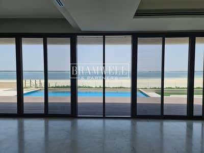 فیلا 5 غرف نوم للبيع في جزيرة السعديات، أبوظبي - Fantastic 5 Bedroom with Direct Beach  Access!