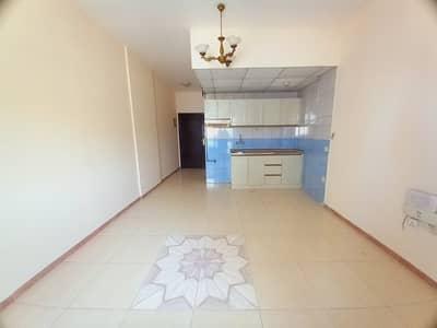 استوديو  للايجار في القليعة، الشارقة - شقة في القليعة 11000 درهم - 5084943