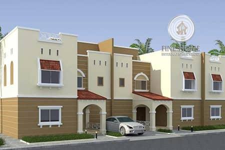 6 Bedroom Villa Compound for Sale in Khalifa City A, Abu Dhabi - For Sale 2 Villas Compound | External Extension | Store
