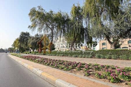 10 Bedroom Villa for Sale in Al Khalidiyah, Abu Dhabi - Commercial Villa |11 BR | Located On 2 Streets