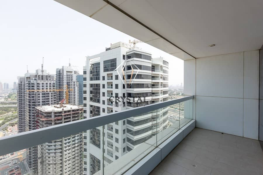 11 Well Maintained 1 BR Unfurnished  Near to Metro