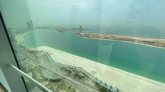 شقة 4 غرف نوم للايجار في شارع الكورنيش، أبوظبي - Luxury Apartment|High Standard|Balcony|Great View