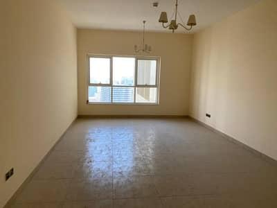 غرفتين وصالة للإيجار في برج أساس _ الخان اطلالة خلفية على المسبح  اول ساكن مع موقف مجاناً