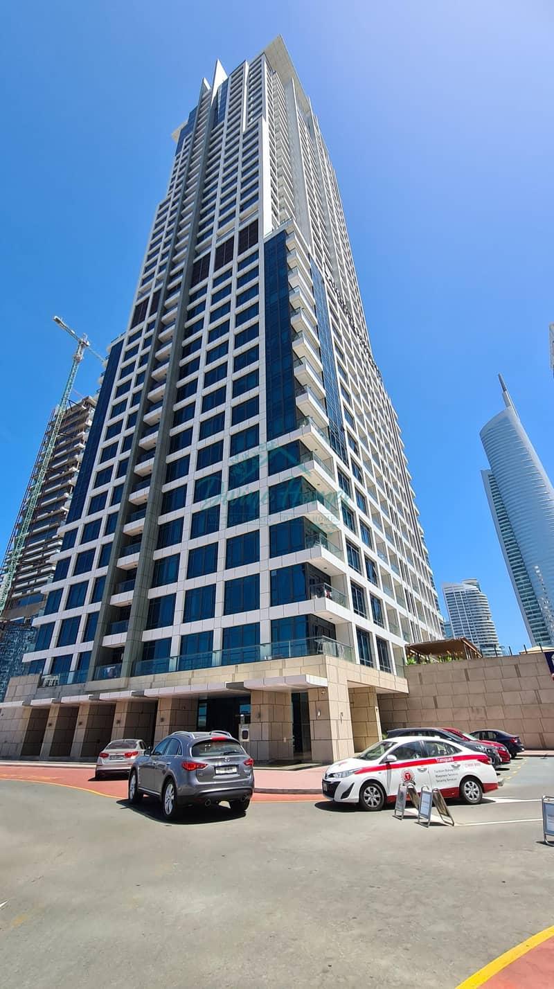 13 Beautiful Unit | Marina View  | Large Kitchen | Reserved Parking