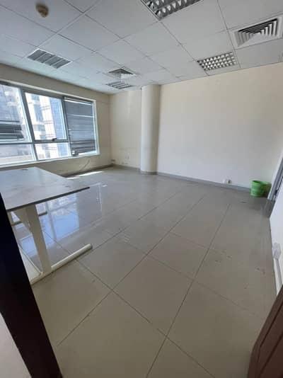 شقة فندقية  للايجار في البرشاء، دبي - Fitted Office I Spacious I Next MOE I MOE View I Partition