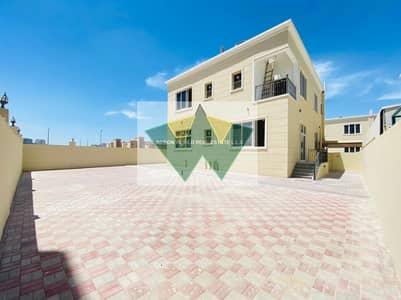 فیلا 5 غرف نوم للايجار في مدينة محمد بن زايد، أبوظبي - Very Neat and Clean 5 BR Villa W/Huge Back Yard
