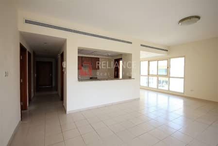 2 Bedroom Flat for Rent in The Greens, Dubai - 2 Bedrooms + Study | 2.5 Bathrooms | Chiller Free.