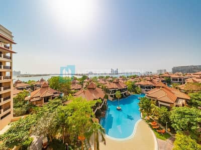 1 Bedroom Flat for Sale in Palm Jumeirah, Dubai - Stunning Sea view  Elegantly Modern  Great Value