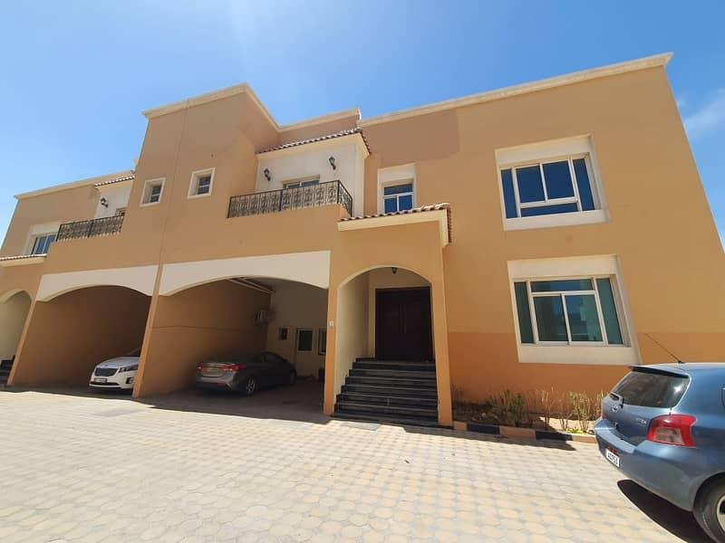 فیلا في مدينة محمد بن زايد 5 غرف 125000 درهم - 5110593