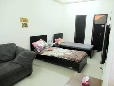 شقة 1 غرفة نوم للايجار في بر دبي، دبي - 5500 INCLUDING DEWA FULLY FURNISHED ONE BEDROOM HALL WITH BALCONEY MASTER ROOM WITH ATTACHED BATHROOM LADIES OR FAMILY OR EXECUTIVE BACHLOUR 3MINUTES WALKING DISTANCE  AL FAHIDI METRO 5MINUTES WALKING DISTANCE BURJUMAN METRO 1MINUTES BUS STOP