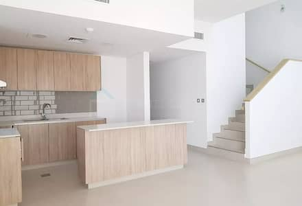 Spacious 1BR with Balcony @ MAG 5