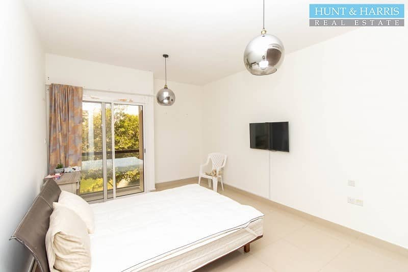 2 Brand New Two Bedroom with Maid's Room - Big Lovely Garden