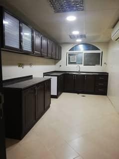 شقة في بني ياس شرق بني ياس 3 غرف 75000 درهم - 5108339