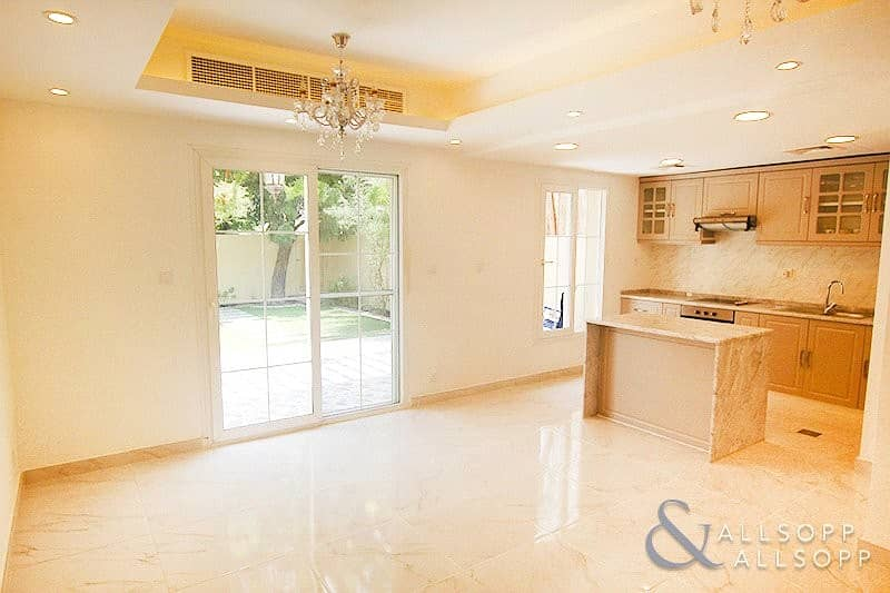 2 Fully Upgraded | 2 Bedrooms | Back To Back