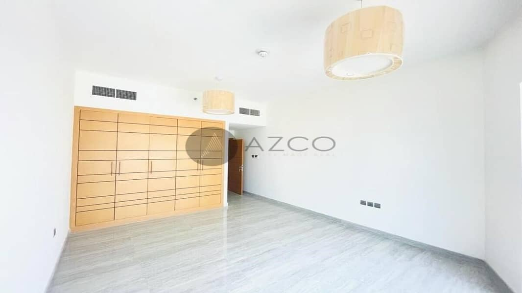 2 Brand new | Spacious living | Near to  Miracle garden