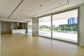 Exclusive | Large Terrace | Sunset View | Vacant