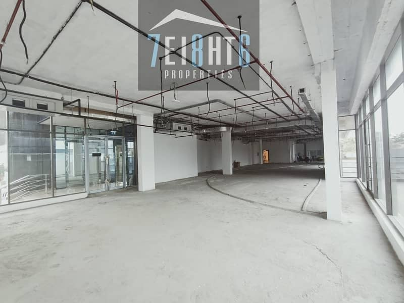 13 4784 sq ft shops for rent in Umm Al Shief