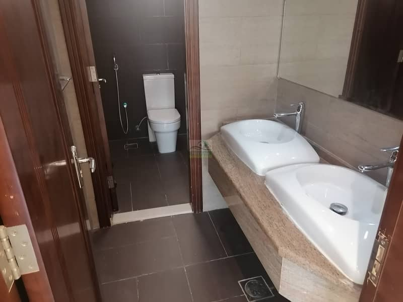 9 AN EXCELLENT 3 BEDROOM MAID SAP-RATE HALL FOR RENT AT MUROOR