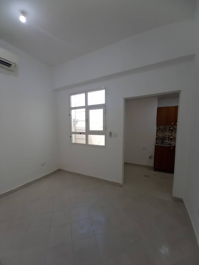 شقة في مدينة خليفة أ 16000 درهم - 5108031