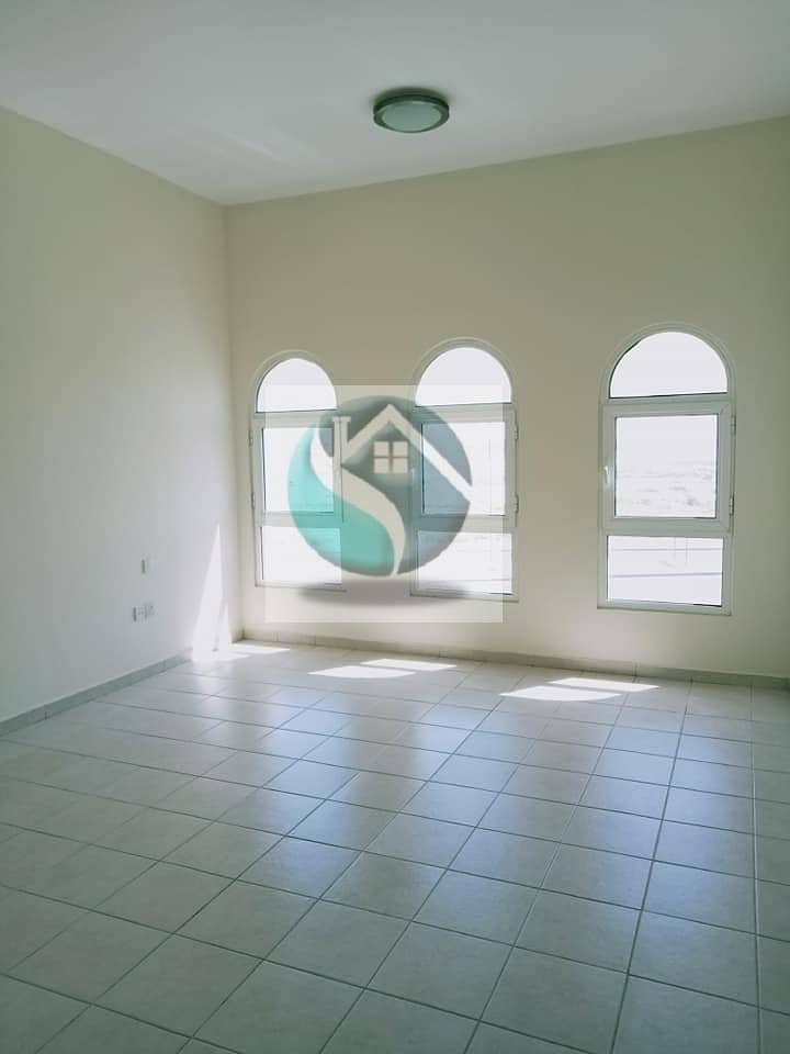 SPACIOUS 2 BEDROOMS+BALCONY CHILLER FREE+1 MONTH FREE READY TO MOVE