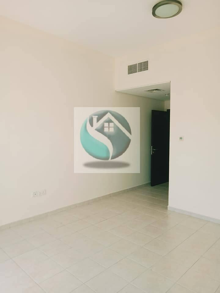 2 SPACIOUS 2 BEDROOMS+BALCONY CHILLER FREE+1 MONTH FREE READY TO MOVE